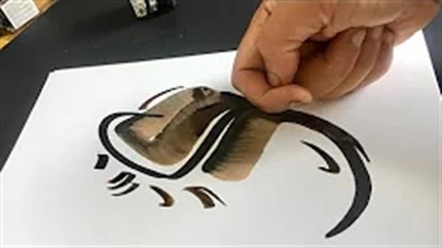 آموزش خطاطی حرفه ای با استفاده از انگشتهای دست